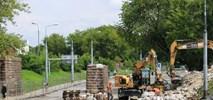 Warszawa: Remont tramwaju na Obozowej w cieniu kolei