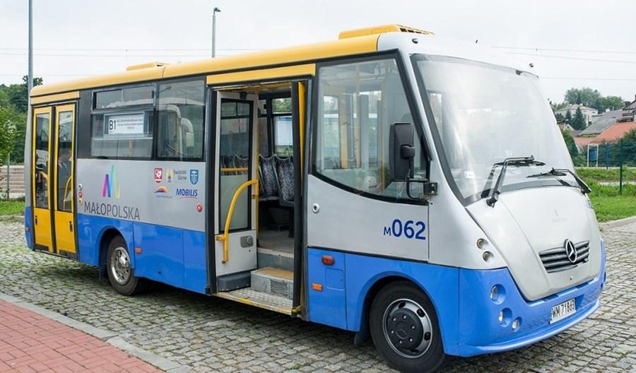 """Wieliczka. """"Kolejowe"""" autobusy ruszyły na ulice"""