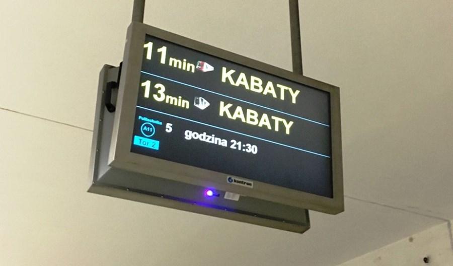 Stacje metra z ekranami informującymi o odjazdach komunikacji. Powstanie koncepcja
