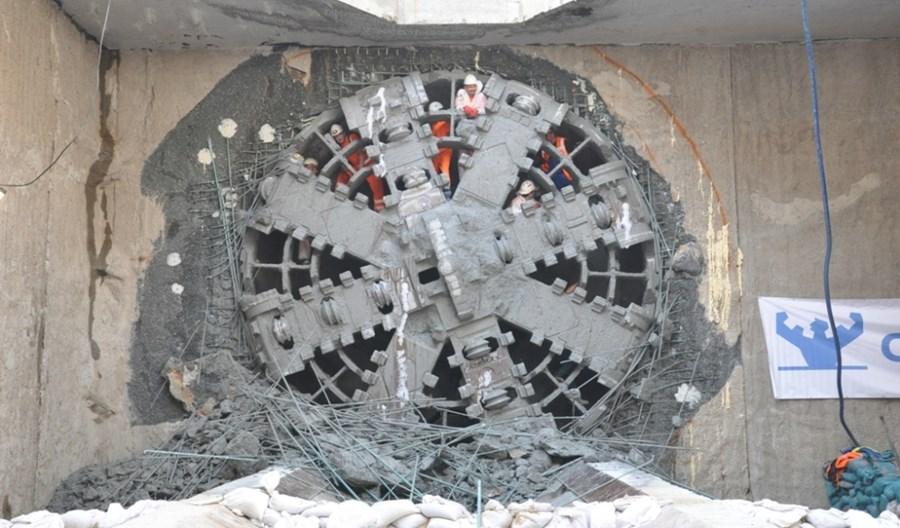 Metro na Wolę: W najbliższe weekendy – wydobycie tarcz i ograniczenia na Kasprzaka