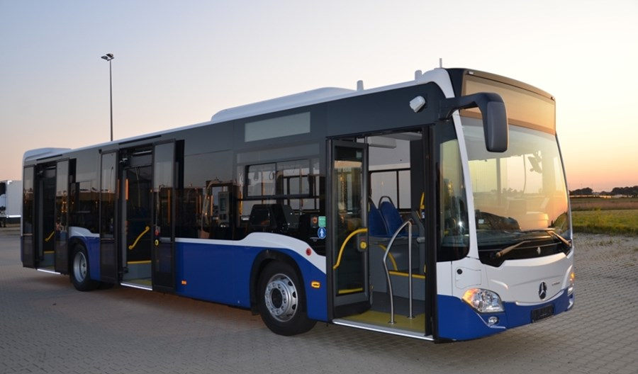 "Mercedes Benz Citaro hybrid z tytułem ""Bus of the Year 2019"""