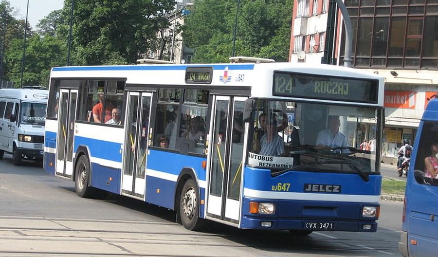 MPK wycofuje z regularnych linii Jelcze i Scanie