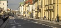 Warszawa. Miodowa (prawie) gotowa. Nie strach jechać rowerem