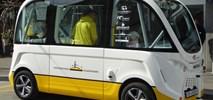 Szwajcaria: Dwa busy autonomiczne w maleńkim Neuhausen