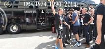 Po 46 latach niemieccy piłkarze żegnają się z autokarem Mercedesa