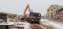 Łódź: Dąbrowskiego – znika przeszkoda do wydzielenia torowiska