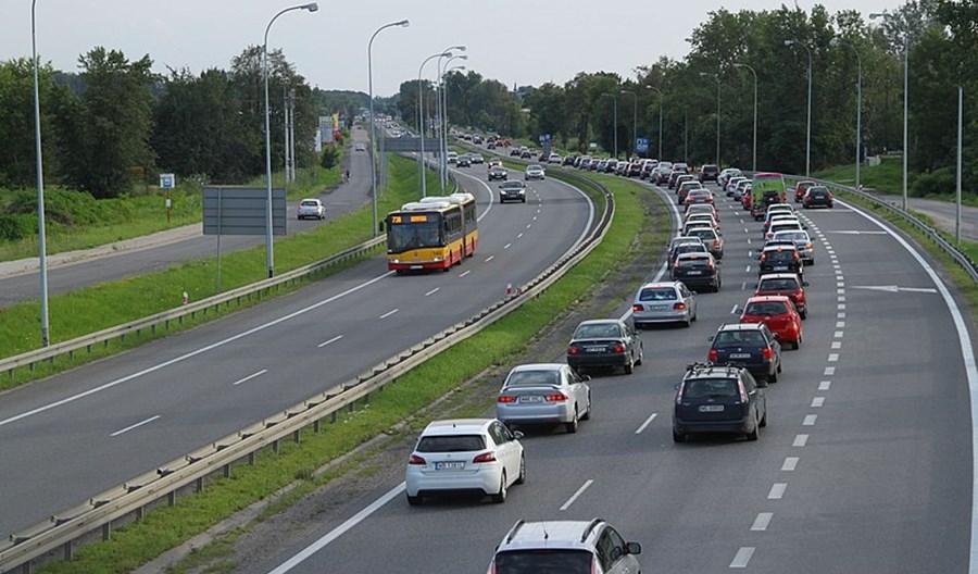 ZM: Jak zlikwidować korki zmianą samochodu na autobus