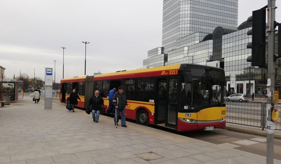 Warszawa jeździ na ślepo. Problem z wyświetlaczami w kilkuset autobusach