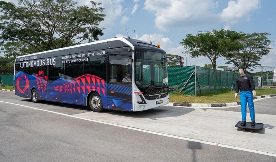 Pierwszy autonomiczny autobus elektryczny Volvo