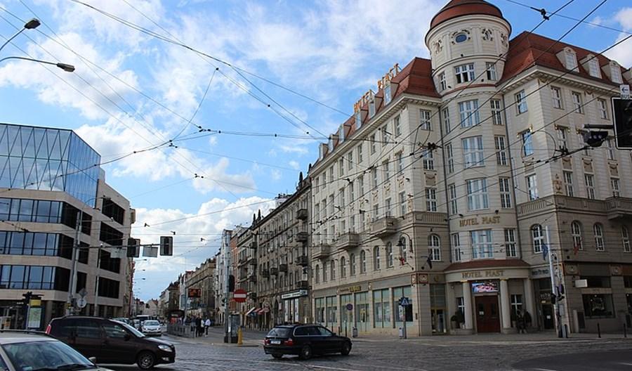 Wrocław. Po trzech latach będzie droga rowerowa do Dworca Głównego