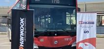 Barcelona. Hankook dostarczy opony dla 4 tys. miejskich autobusów