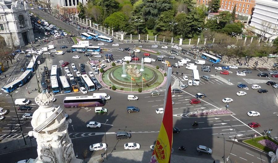 Madryt. Po zawieszeniu strefy bez aut korki zatamowały miasto