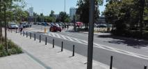 Warszawa. Ruchem ulicznym przy Galerii Młociny kierują… ochroniarze. Tymczasowo