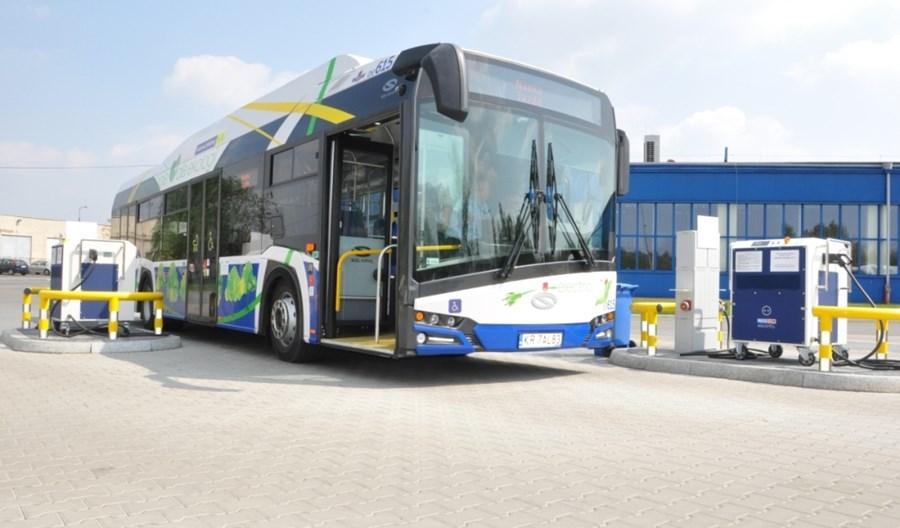 Jak kierowca autobusu elektrycznego może oszczędzać energię?