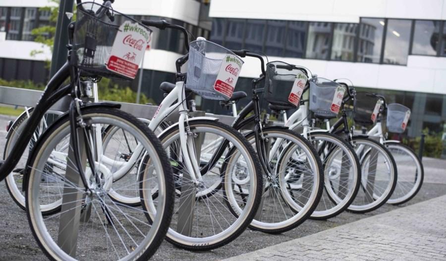 Firmy wprowadzają bike sharing na własną rękę. Np. Coca-Cola