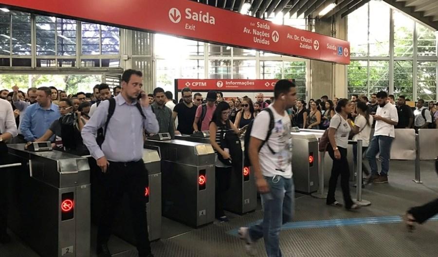 Symulator ruchu pieszego na lotniskach i dworcach coraz bardziej popularny