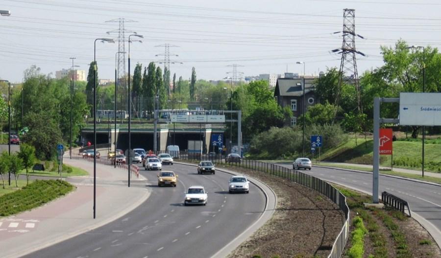 Warszawa:  Zielone światło dla analizy ws. buspasa na Prymasa Tysiąclecia. I ruszyły prace nad projektami kolejnych