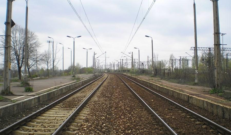 Łódź: Trwa remont przystanków kolejowych na Olechowie