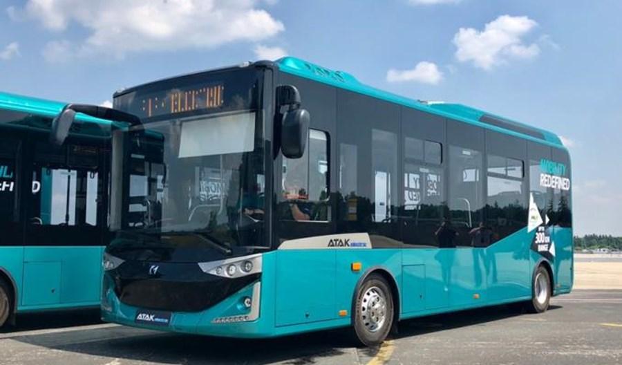 Płońsk na zakupach: elektrobus i autobus spalinowy