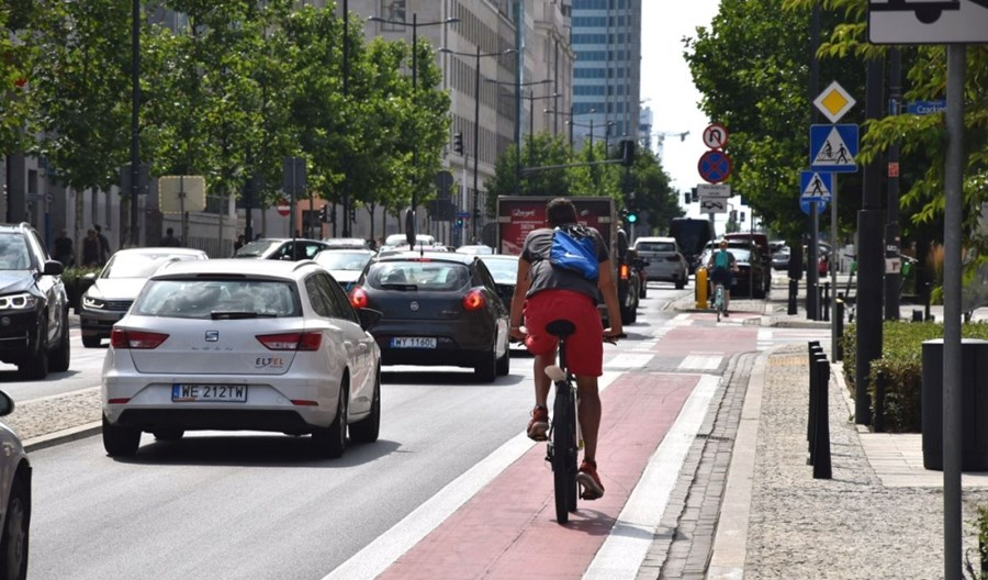 Przyszłość to mniej samochodów w mieście. Inaczej nie wyczyścimy powietrza