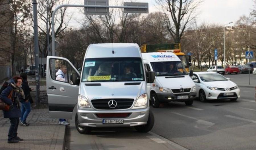 Łódzkie: Olbrzymie cięcia w siatce połączeń regionalnych