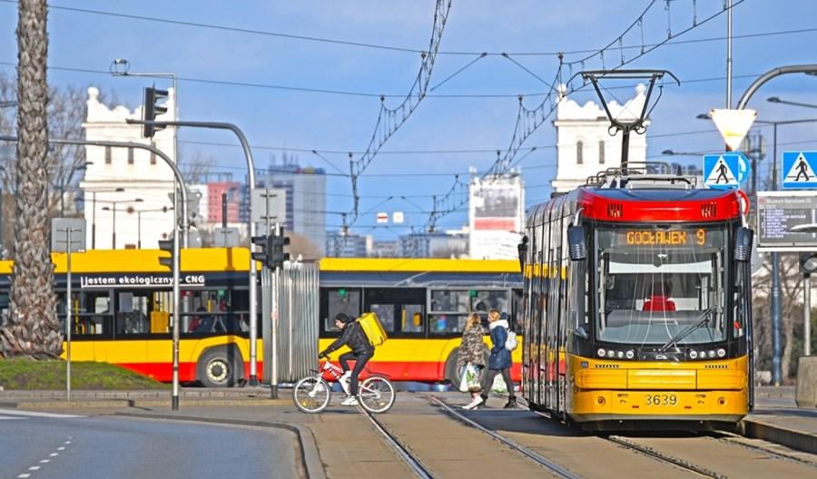 Warszawa włącza klimatyzację w komunikacji miejskiej