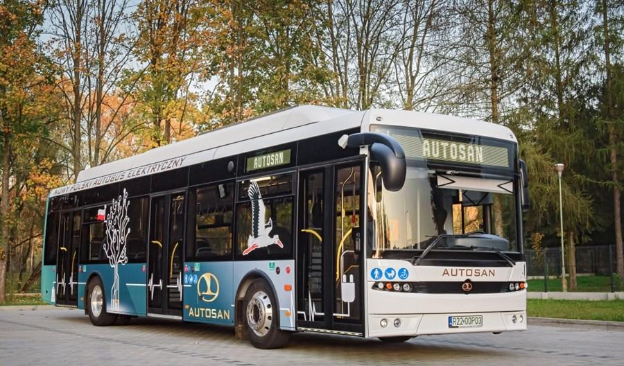 Autosan opracuje projekt elektrobusu z wymiennymi bateriami