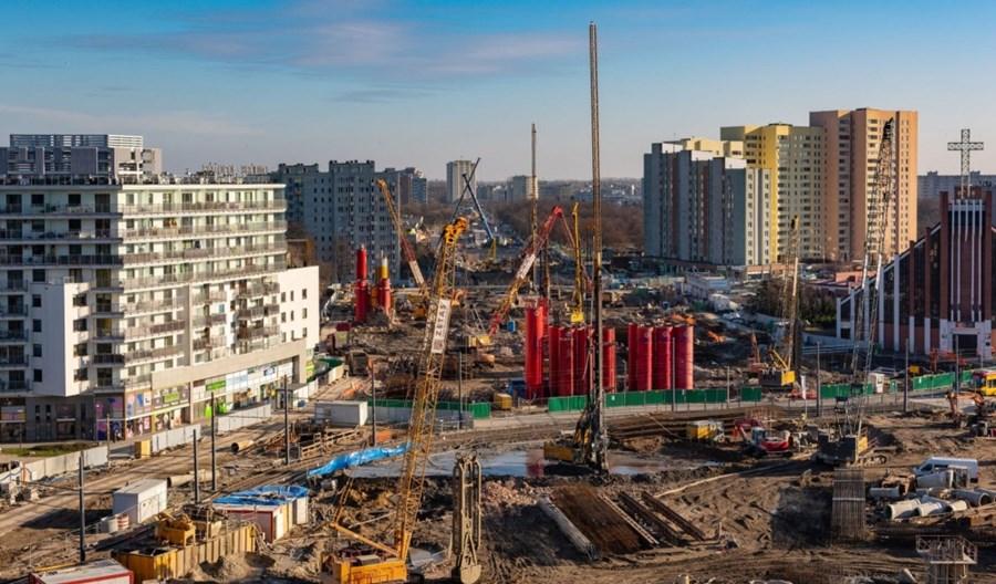 Trzaskowski: Ubytki w dochodach miasta mogą sięgnąć 2 mld zł. Samorządy apelują o pomoc