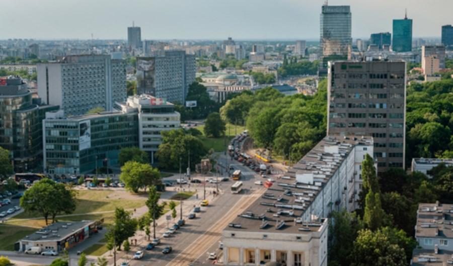 Część Polaków po epidemii zamieni autobus na samochód