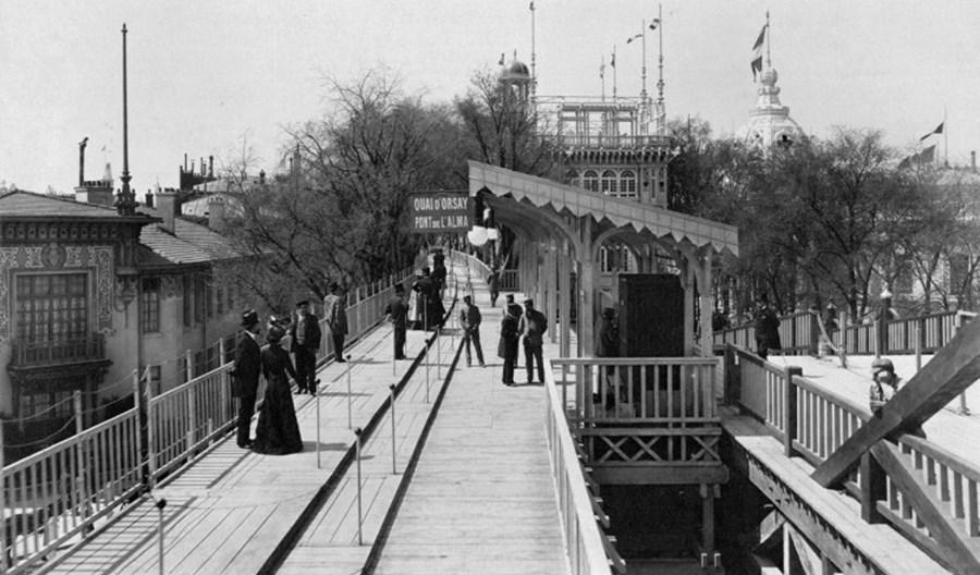 Ruchomy chodnik. Historia środka transportu sprzed 120 lat