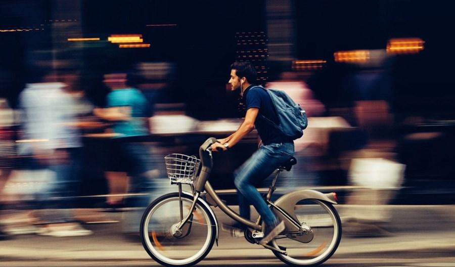 Włochy: Możliwy bonus przy zakupie roweru lub skutera. Cykliści bliżej pierwszeństwa na drogach