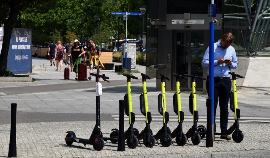 Rada Ministrów przyjęła przepisy dot. hulajnóg elektrycznych i UTO