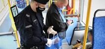 Groźna niechęć do maseczek w transporcie publicznym