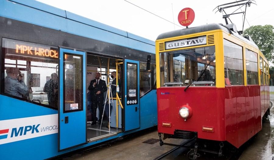 MPK Wrocław podpisuje umowy na remonty tramwajów 205 WrAs i 16 T