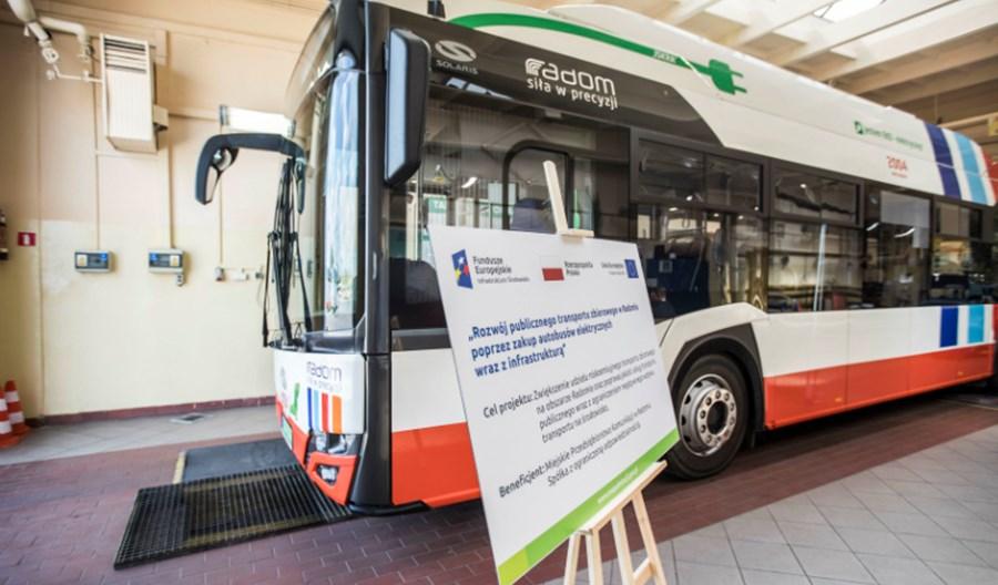 Do Radomia pojedzie dziewięć elektrobusów. Kolejna umowa z Solarisem