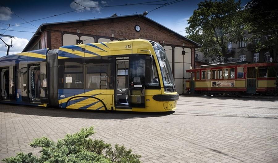 Toruń podpisał umowę z Pesą na kolejne tramwaje