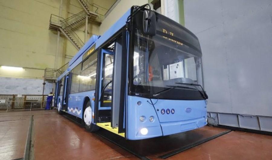 Dniepr: Trzy ostatnie zamówione trolejbusy są już w zajezdni