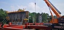 Wrocław. Trwa budowa wiaduktu na trasie tramwajowej na Nowy Dwór