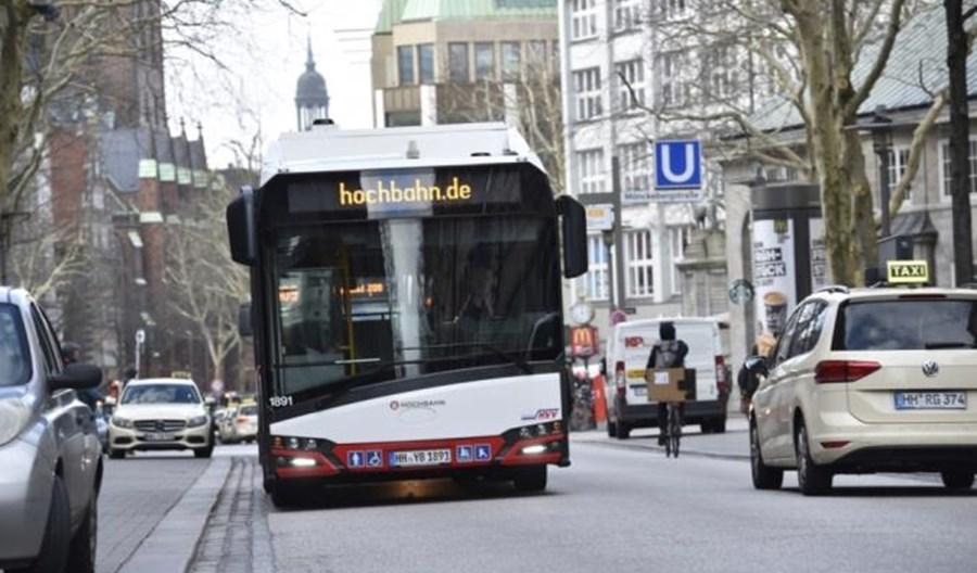 Kto dostarczy 530 elektrobusów do Hamburga? Solaris na liście  dostawców