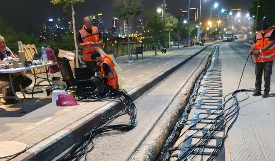 Tel Aviv będzie ładował autobusy elektryczne z elektrycznej ulicy