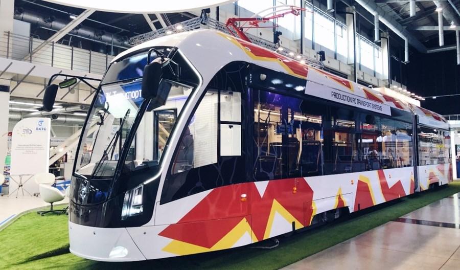 Sankt Petersburg wyleasinguje 13 nowych tramwajów od PK TS