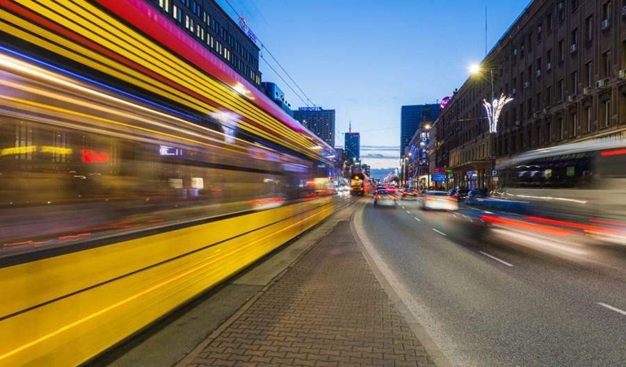 Warszawa: Jak obostrzenia wpływają na ruch drogowy