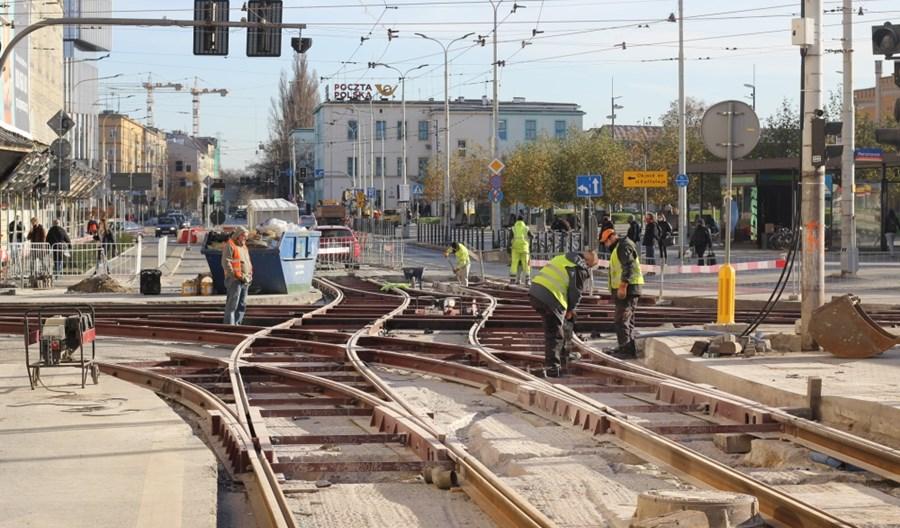 """MPK Wrocław odpowiada na setne wykolejenie tramwaju w 2020 r.: """"To nie setne, jest lepiej"""""""