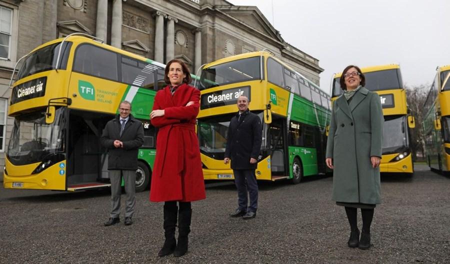 Irlandia: ADL dostarczył pierwsze hybrydowe piętrusy i otrzymał zamówienie na 180 kolejnych
