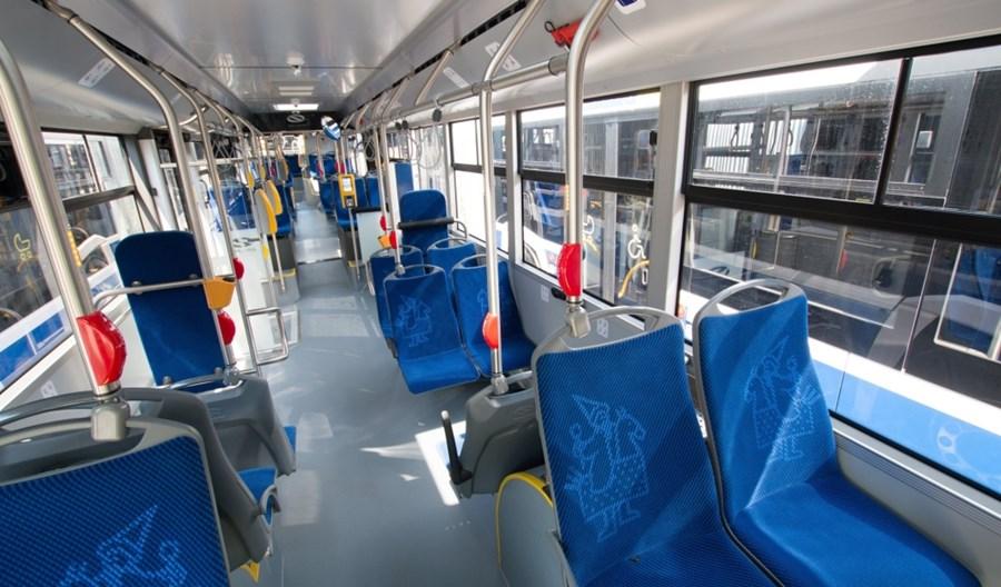 Kraków: Leasing 12 autobusów. Solaris vs Mercedes