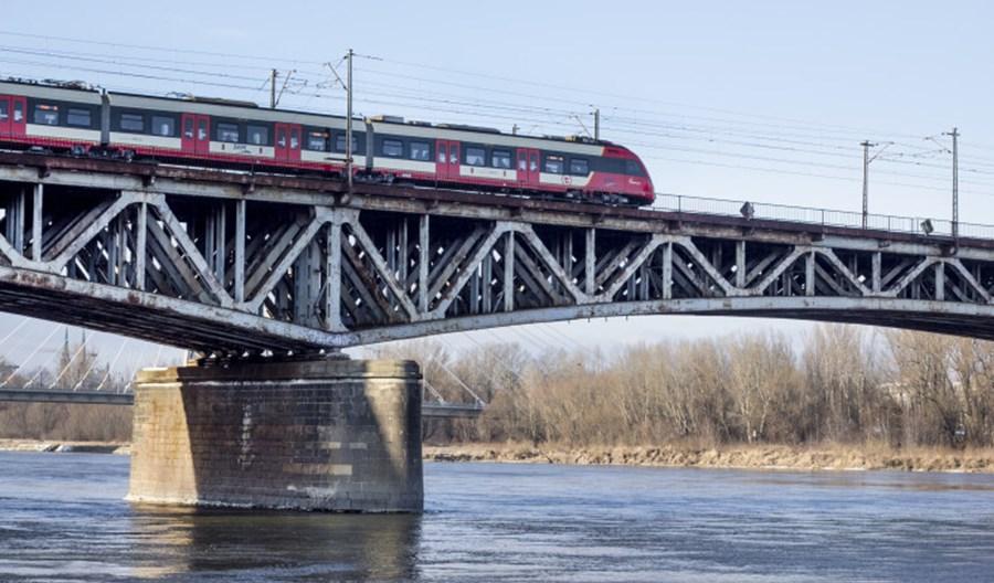 Warszawa: Most Średnicowy bez kładki pieszej i rowerowej