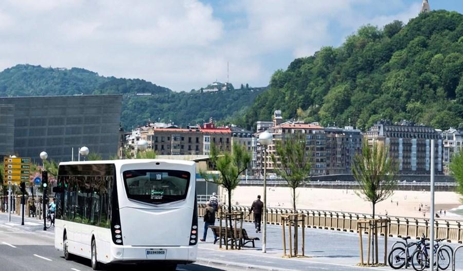Burgas będzie jeździł elektrycznymi Irizarami