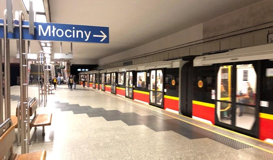 Metro: Stacja Politechnika do odmalowania