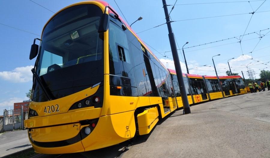 Warszawa: Tramwaj Hyundaia, stare autobusy i zwiedzanie budowy metra w czasie DTP