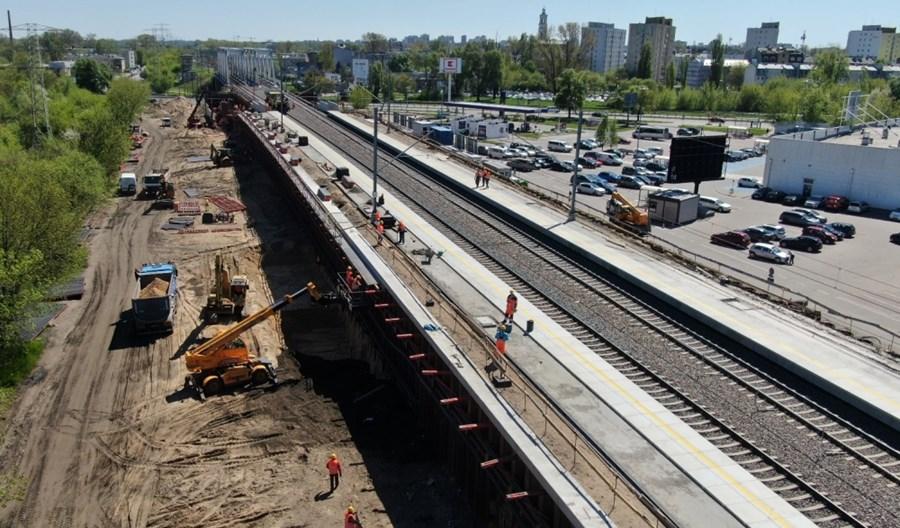Warszawa Targówek: Niewygodny przystanek z pociągiem raz na godzinę